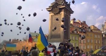 """""""Ні – війні!"""": У Варшаві протестують проти злочинів російської влади"""