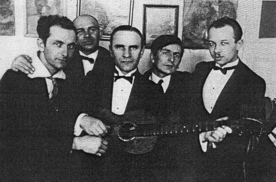 Ніл Хасевич друзями під час варшавських студій. 1930-ті роки.