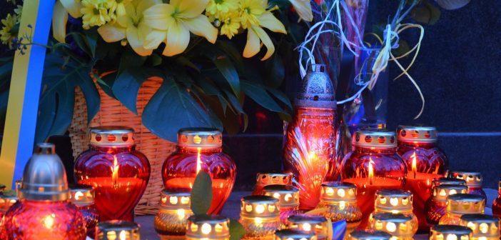 У Варшаві вшанували пам'ять Героїв Небесної сотні [ФОТО]