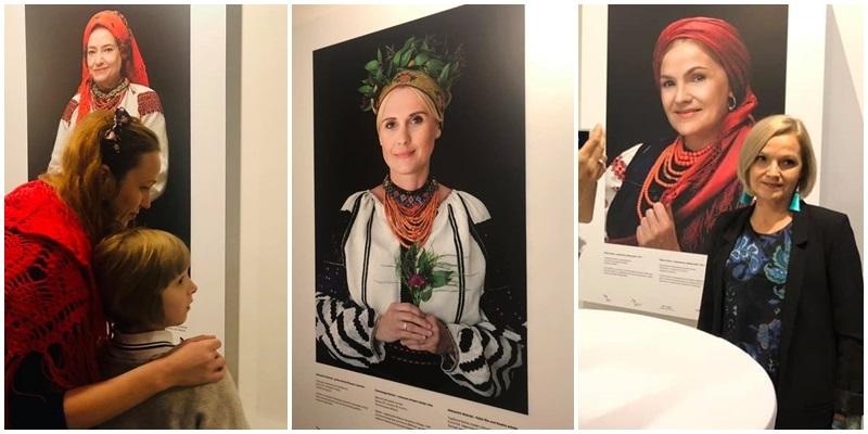 Відомі поляки презентують у Варшаві українські національні костюми ... 4cd9fa36fb896
