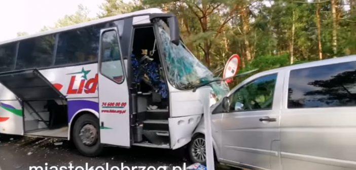 У Польщі у масштабній аварії постраждали дві українки. ВІДЕО