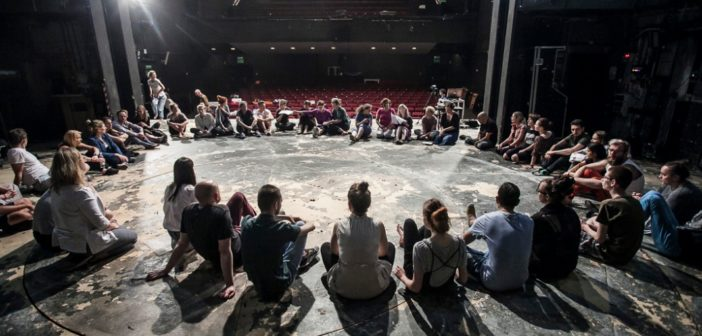 Театральні, хореографічні та драматургічні семінари – усіх охочих запрошують взяти участь у новому проєкті Strefa Wolnosłowа